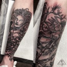 Healed / fresh, infested Kerrigan, mycelium half-sleeve